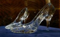 By Glamhag (Glass slippers) [CC-BY-SA-2.0]